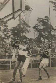 1936 Kosmos Olympia Basketball