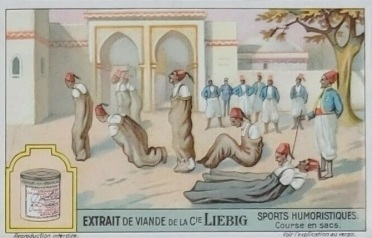 1929 Liebig Humorous Sports Sack Race Trade Card