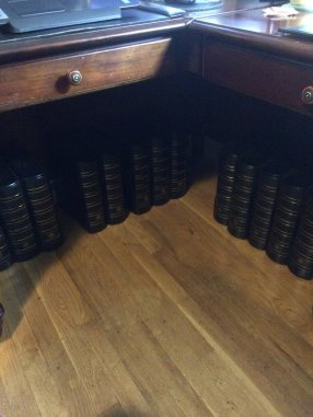 Vario Binders Under Desk