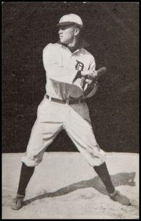 1907 Dietsche Postcard Cobb Batting